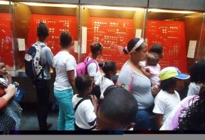 Niños de Barlovento visitan el BCV 2.doc
